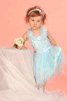 Детское портфолио: девочка-модель в платье, галерея 9