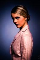 Модный фотопортрет девушки для модельного портфолио