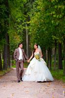 Свадьба в усадьбе Архангельское в Московской области, фотографии свадебной прогулки