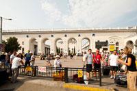 Эти арки ведут на внутренний дворик железнодорожного вокзала Симферополя