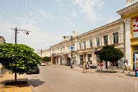 Фото старинного дома на улице Екатерининской в Симферополе с другой стороны