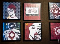 Дизайнерские иллюстрации с солярными символами в интерьере кафе города Ижевска