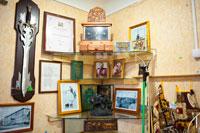 «Винегрет» из старинных вещей в антикварном магазине «Светёлка» в Ижевске