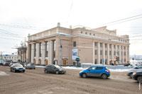 Фото здания Русского Драматического театра Удмуртии в Ижевске с HD разрешением 4256 на 2832 пикселей