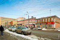 Примеры архитектуры Ижевска конца 19 века: фото 2-х этажных купеческих домов на ул. Горького