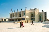 Театр оперы и балета Удмуртской Республики на ул. Пушкинской в Ижевске с HD разрешением 4035 на 2685 пикселей