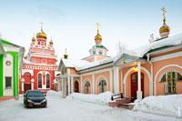 Фото Свято-Пантелеимоновского храма и Крестильного Иоанно-Предтеченского храма в Ижевске с HD разрешением 3930 на 2615 пикселей