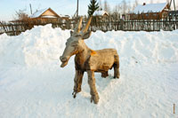 Фото деревянного барана на детской игровой площадке в «Лудорвае»