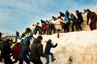 Началось наступление на снежную крепость в «Лудорвае»