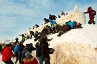 Штурм снежной крепости в «Лудорвае» усиливается. Первые ряды обороны крепости пали