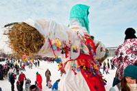 Фото чучела Масленицы Дуни в «Лудорвае» во всей своей красе